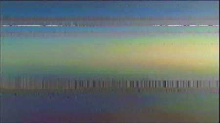 VHS analoge abstracte digitale animatie. Oude tv. Glitch Error Video Damage. Signaalruis. Systeemfout. Uniek ontwerp. Slecht signaal. Digitale tv-ruis flikkert. Geen signaal. Kleur achtergrond Stockvideo