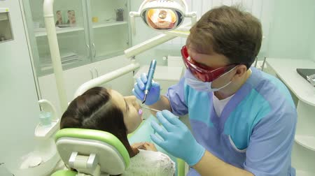 salud dental : Examen del paciente en la clínica dental Archivo de Video