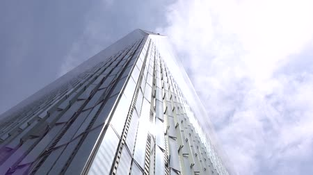 terrorismo : New world trade center building in New York city. 911 Memorial Plaza.One World Trade Center, Freedom Tower Stock Footage