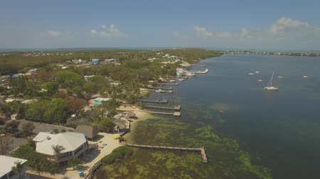 sul : Aerial view of  Key Largo waterfront, Southern Florida, USA.