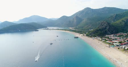 szybowiec : Aerial. Flying above Oludeniz town and seacoast. Turkey, 4K.