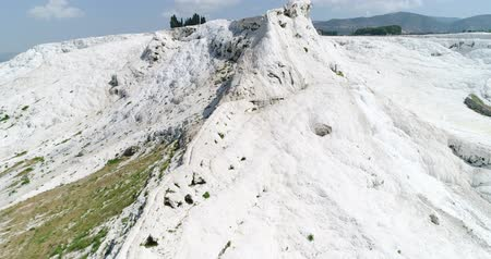molas : Aerial. Pamukkale terraces or cotton Castle. Brilliantly white calcium cliff. Turkey. 4K.