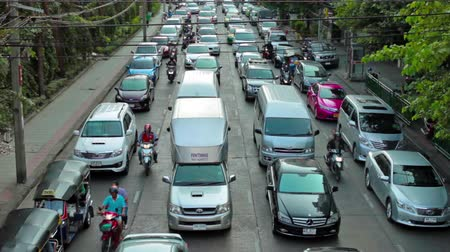 auto estrada : Car traffic jam on the highway