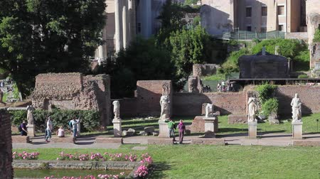 palatine : Rome, Italy - May 7, 2017: Archaeological Area of ??the Palatine, House of the Vestals, in the center, with vestal statues (Atrium Vestae).