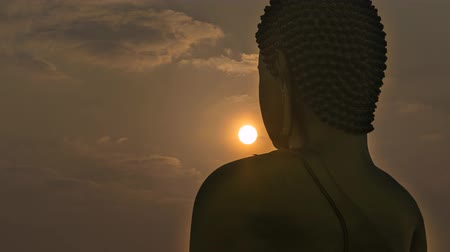 budist : Buddha statue with sunshine in Thai temple, Timelapse
