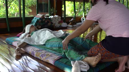 synergie : Traditionele Thaise voetmassage