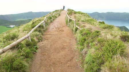 sete : Walking on the Sete Cidades