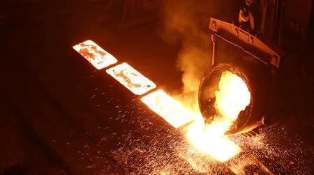 open hearth : The production of iron in Russia in the hangar