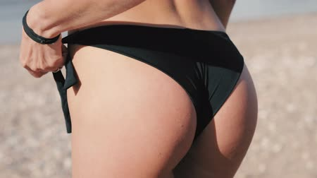 underwear : Sexy fitness ass in a swimsuit on the beach