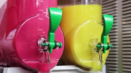 drinki : Machine for making ice slushy drinks