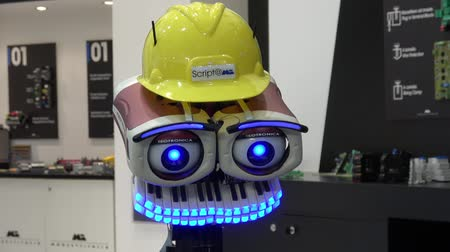 gyártó : Teotronica TEO robot head by Morsetti on Messe fair in Hannover, Germany