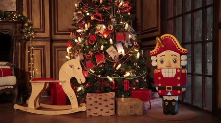 kraker : New year tree decoration Stok Video