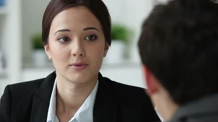 posição : Hr department worker interviewing a male candidate for a vacant position Vídeos