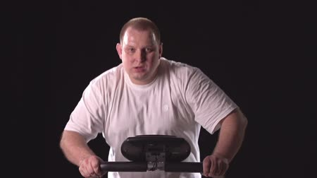 torzó : Chubby man jogging on treadmill