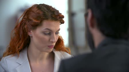 povinnost : Close up of woman communicating with unrecognizable business partner