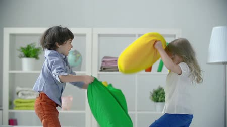 harc : Pillow Fight Stock mozgókép