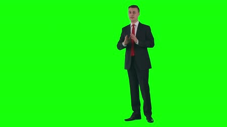 mluvení : Chroma key video of weatherman presenting weather forecast on TV