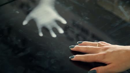 dokunaklı : Close up on woman hand on touch screen table with mirrored picture Stok Video