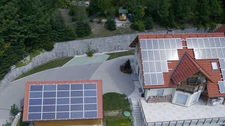 casas : Shot from heli of solar power station on roof