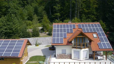 tető : Shot of a solar panels on the roof