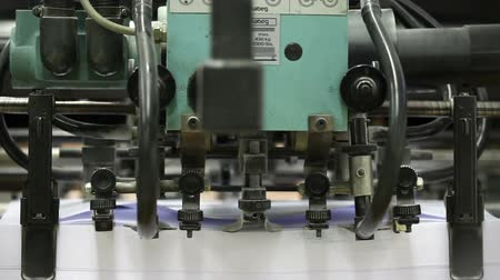 maquinaria : Close up of working printers machinery Vídeos