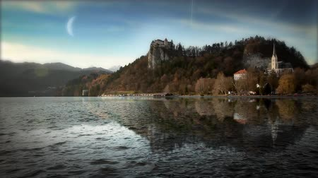 mistério : Beautiful church and lake in Bled in Slovenia
