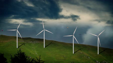 устанавливать : Animated windmills in bad weather Стоковые видеозаписи