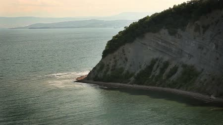 cliff : Shot of the white cliff, near Dover
