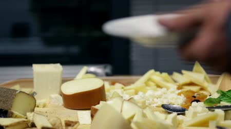 bankett : Close shot of table filled with cheese