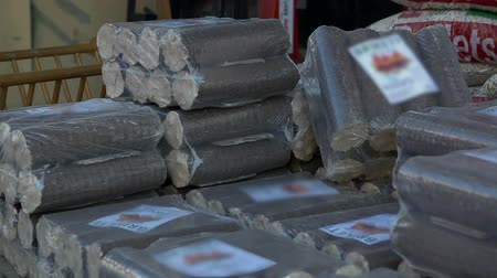 briquette : Large sized briquettes arranged into packages