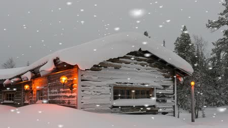 tradicional : Warm welcoming timber home in winter