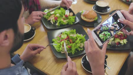 Food Photos. Close Up Of Woman Hands Taking Photos At Restaurant Wideo