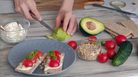 avocado : Cooking Healthy Veggie Sandwiches
