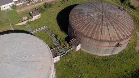 タンクトップ : Oil storage summer aerial survey 動画素材