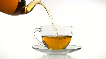 demlik : tea pouring in the cup isolated on white Stok Video