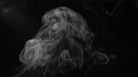 incenso : white smoke on black background, smoke background, abstract smoke on black background