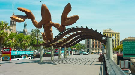 Каталония : Shrimp sculpture Barcelona