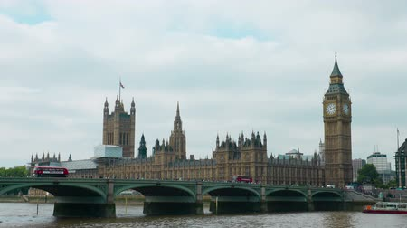 kormány : Westminster bridge, Big Ben and Palace of Westminster, central London, UK