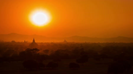 mianmar : High definition video - Sunset in Bagan. Myanmar