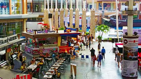 food court : PATONG. PHUKET. THAILAND - CIRCA NOV 2014: Fountain court at Jungceylon Shopping Mall in Patong Beach. Phuket. Thailand. Zooming out. Stock Footage