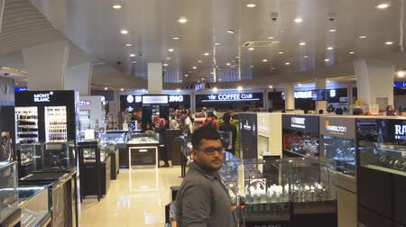 marca : HULHUMALE. MALDIVES - CIRCA DEC 2016: Luxury watches and accessories at the Hulhumale Airport Duty Free Mall. 4k Ultra HD video Stock Footage
