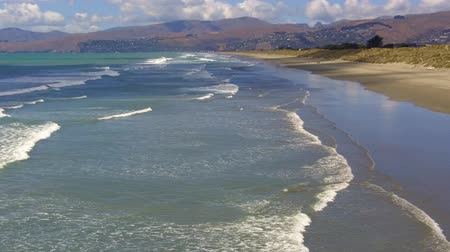 brit : New Briton Beach on the east coast of the south island of New Zealand