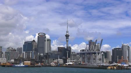 nzl : Auckland waterfront skyline. Auckland is the largest Polynesian city in the world.