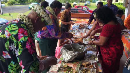 cook islanders : Cook Islanders people eat traditional food.Group of south Pacific islands are banning foreign junk food imports in favour of an all-local organic diet as a way to combat future health problems