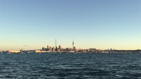 félteke : Auckland city skyline New Zealand sunset