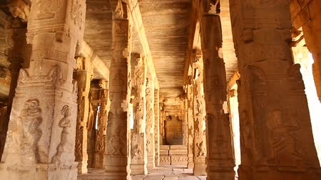 templom : Vitala temple Hampi Karnataka India