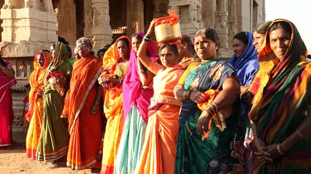 templom : People in Vitala temple Hampi Karnataka India