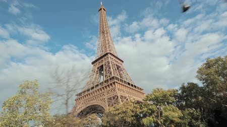 francja : Architecture and buildings in Paris Wideo