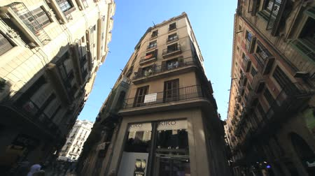 uliczka : High buildings in Barcelona Wideo