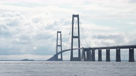 ponte sospeso : Big Belt Bridge Attraversamento tra le isole danesi